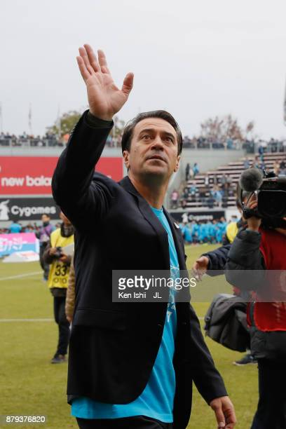 Head coach Massimo Ficcadenti of Sagan Tosu applauds supporters after the JLeague J1 match between Sagan Tosu and Jubilo Iwata at Best Amenity...