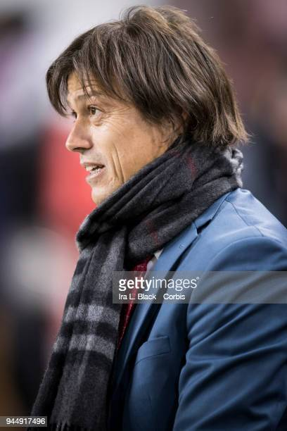 Head Coach Matias Jesus Almeyda of Guadalajara looks on at his players during the CONCACAF Champions League Semifinals Leg 2 match between CD...