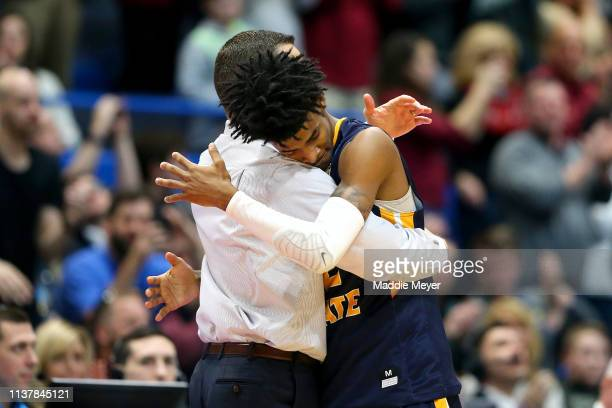 Head coach Matt McMahon consoles Ja Morant of the Murray State Racers against the Florida State Seminoles in the second half during the second round...