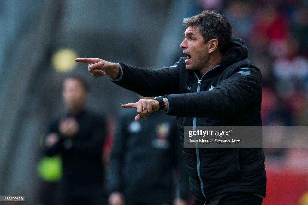 Real Sporting de Gijon v Deportivo Alaves - La Liga : News Photo