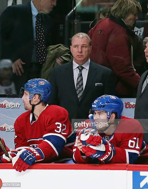 Head coach Michel Therrien of the Montreal Canadiens handles bench duties in the game against the Phoenix Coyotes at the Bell Centre on December 17...