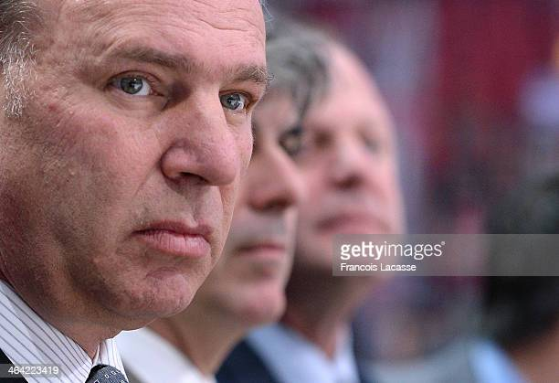 Head coach Michel Therrien of the Montreal Canadiens looks on from the bench during the warmup before the game against the Chicago Blackhawks during...