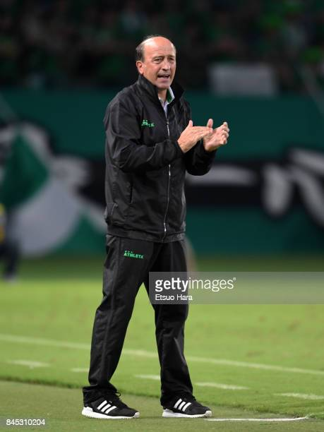 Head coach Miguel Angel Lotina of Tokyo Verdy looks on during the J.League J2 match between Tokyo Verdy and Matsumoto Yamaga at Ajinomoto Stadium on...