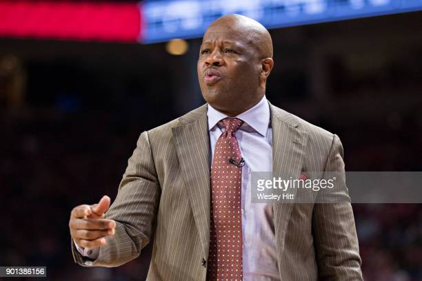 Head Coach Mike Anderson of the Arkansas Razorbacks directs his team during a game against the CSUBakersfield Roadrunners at Bud Walton Arena on...