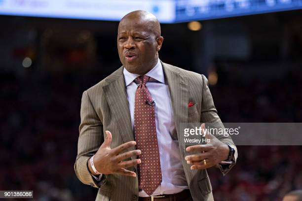 Head Coach Mike Anderson of the Arkansas Razorbacks reacts to a call during a game against the CSUBakersfield Roadrunners at Bud Walton Arena on...