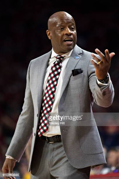 Head Coach Mike Anderson of the Arkansas Razorbacks signals to the bench during a game against the Mississippi Rebels at Bud Walton Arena on January...
