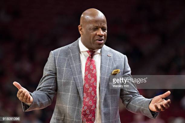 Head Coach Mike Anderson of the Arkansas Razorbacks talks to his bench during a game against the South Carolina Gamecocks at Bud Walton Arena on...