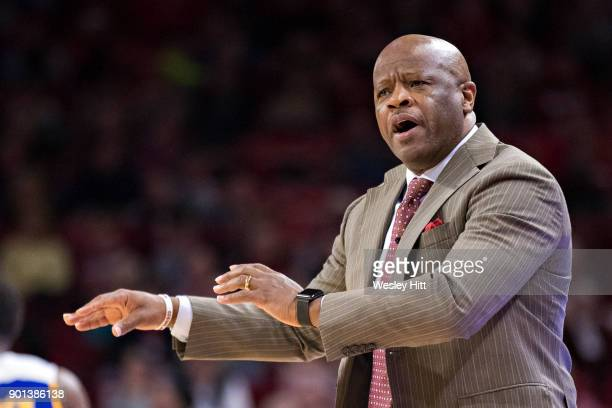 Head Coach Mike Anderson of the Arkansas Razorbacks yells to his team during a game against the CSUBakersfield Roadrunners at Bud Walton Arena on...