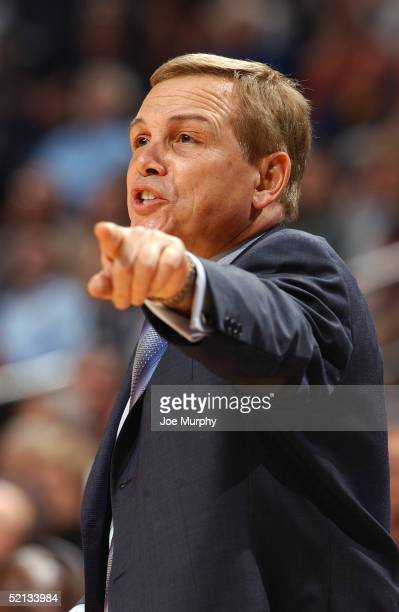 Head Coach Mike Fratello of the Memphis Grizzlies calls a play during the game with the Orlando Magic at FedEx Forum on January 25 2005 in Memphis...
