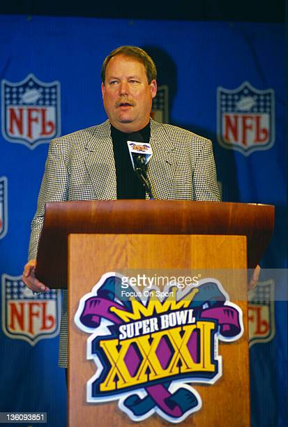 Head Coach Mike Holmgrem of the Green Bay Packers talks to the press before Super Bowl XXXI on January 27 1997 between the New England Patriots and...