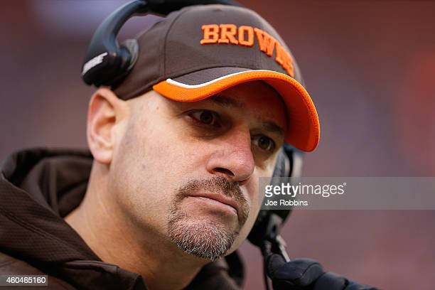 Head coach Mike Pettine of the Cleveland Browns looks on during the third quarter against the Cincinnati Bengals at FirstEnergy Stadium on December...