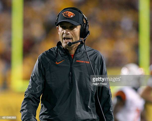 Head coach Mike Riley of the Oregon State Beavers walks the sideline during the first quarter of their college football game against the Arizona...