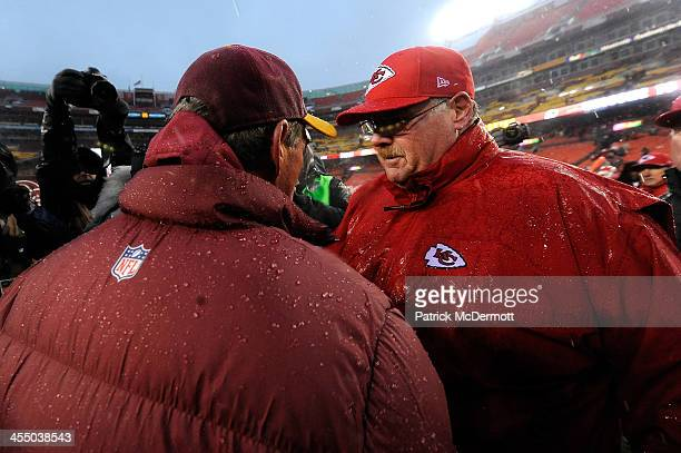 Head coach Mike Shanahan of the Washington Redskins shakes hands with head coach Andy Reid of the Kansas City Chiefs after the Chiefs defeated the...