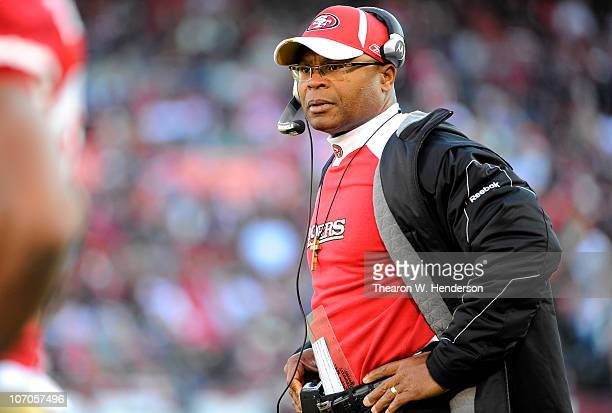 Head Coach Mike Singletary of the San Francisco 49ers looks on from the sidelines against the Tampa Bay Buccaneers during an NFL football game at...