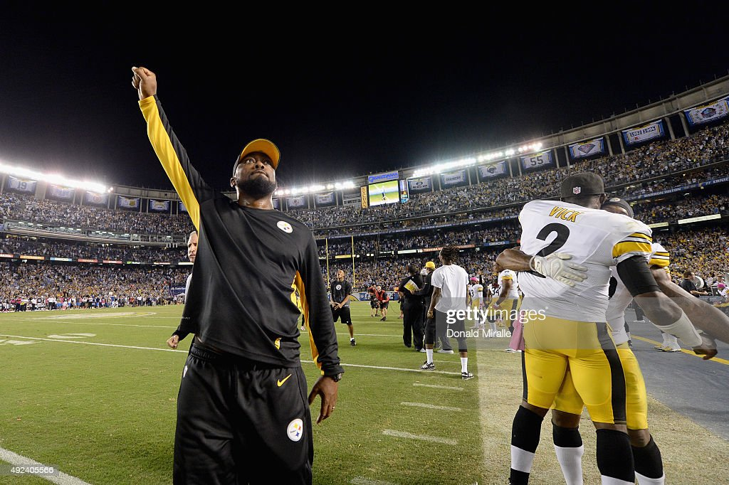 Head coach Mike Tomlin of the Pittsburgh Steelers and quarterback Mike Vick #2 of the Pittsburgh Steelers celebrate after defeating the San Diego Chargers 24-20 at Qualcomm Stadium on October 12, 2015 in San Diego, California.