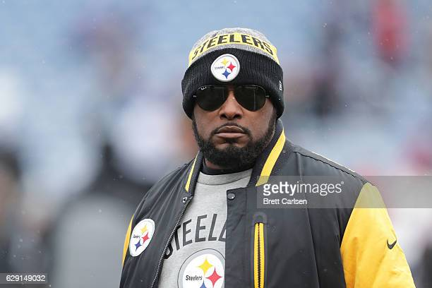 Head coach Mike Tomlin of the Pittsburgh Steelers before the first half against the Buffalo Bills at New Era Field on December 11 2016 in Orchard...