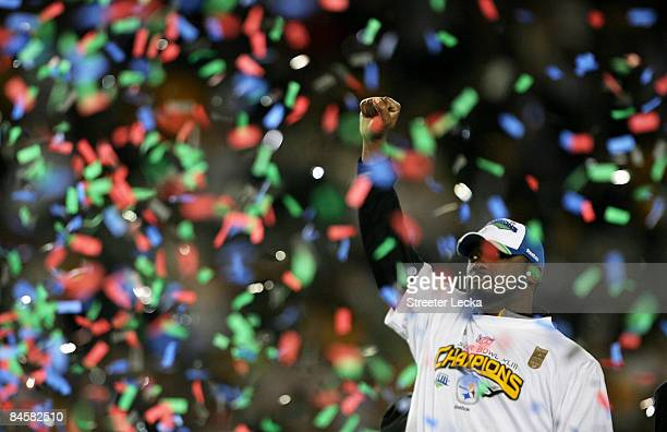Head coach Mike Tomlin of the Pittsburgh Steelers celebrates as confetti falls after their 27-23 win against the Arizona Cardinals during Super Bowl...