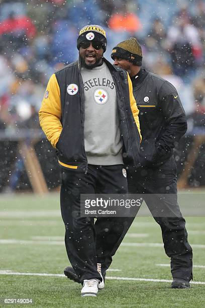 Head coach Mike Tomlin of the Pittsburgh Steelers gets ready before the game against the Buffalo Bills at New Era Field on December 11 2016 in...