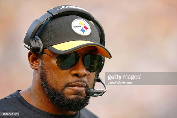 Head Coach Mike Tomlin of the Pittsburgh Steelers in the 4th quarter of the game against the Cincinnati Bengals at Heinz Field on November 1 2015 in...