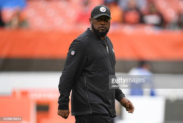 Head coach Mike Tomlin of the Pittsburgh Steelers looks on during warmups prior to the game against the Cleveland Browns at FirstEnergy Stadium on...