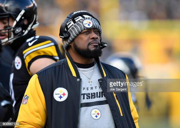 Head coach Mike Tomlin of the Pittsburgh Steelers looks on during the game against the Cleveland Browns at Heinz Field on December 31 2017 in...