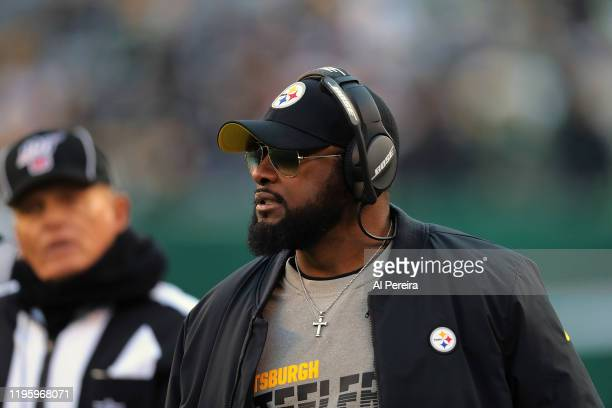 Head coach Mike Tomlin of the Pittsburgh Steelers reacts against the New York Jets at MetLife Stadium on December 22, 2019 in East Rutherford, New...