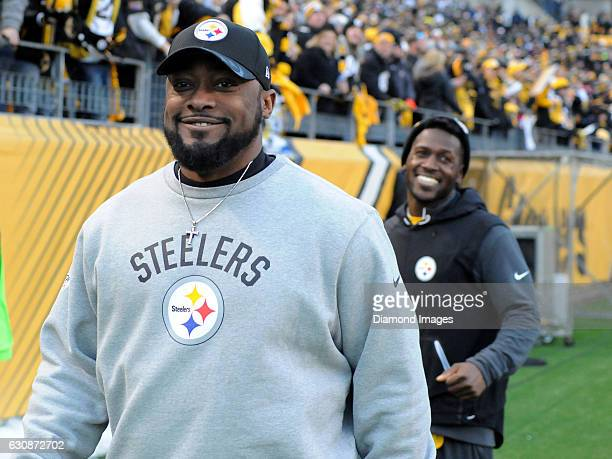 Head coach Mike Tomlin of the Pittsburgh Steelers smiles as he walks off the field after a game against the Cleveland Browns on January 1 2017 at...