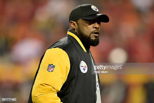 Head coach Mike Tomlin of the Pittsburgh Steelers walks the sideline during the first quarter of the game against the Kansas City Chiefs in the AFC...