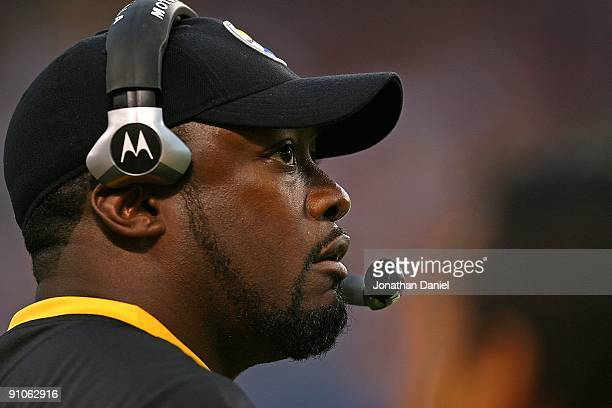 Head coach Mike Tomlin of the Pittsburgh Steelers watches his team during a game against the Chicago Bears on September 20 2009 at Soldier Field in...