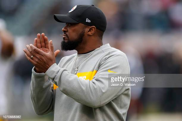 Head coach Mike Tomlin of the Pittsburgh Steelers watches his team during warm ups before the game against the Oakland Raiders at Oco Coliseum on...