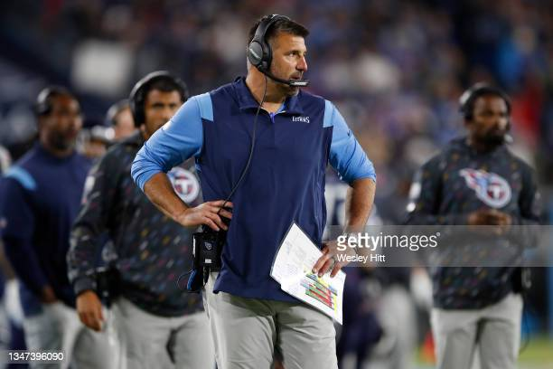 Head coach Mike Vrabel of the Tennessee Titans looks on against the Buffalo Bills during the second half at Nissan Stadium on October 18, 2021 in...