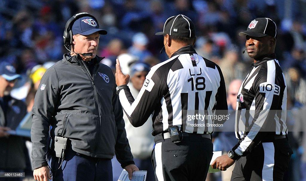 New York Giants v Tennessee Titans : News Photo