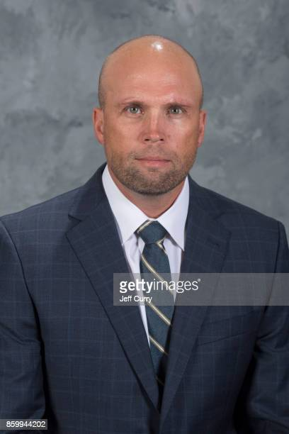 Head Coach Mike Yeo of the St Louis Blues poses for his official headshot for the 20172018 season on September 13 2017 in St Louis Missouri