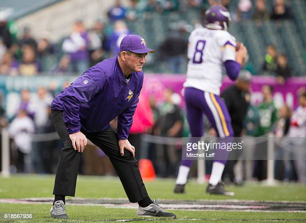 Head coach Mike Zimmer of the Minnesota Vikings looks on as Sam Bradford throws a pass prior to the game against the Philadelphia Eagles at Lincoln...