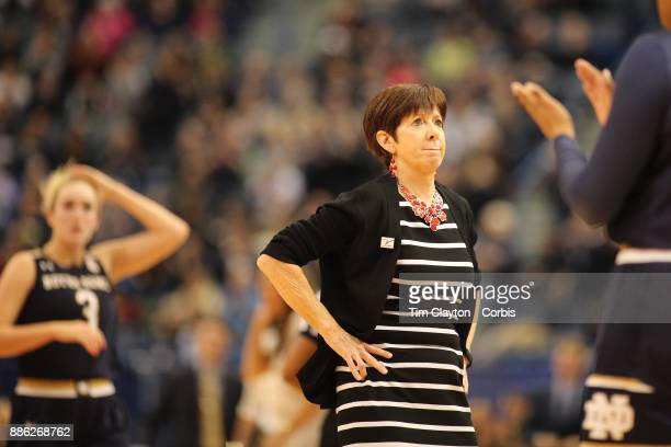 Muffet Mcgraw Foto e immagini stock | Getty Images