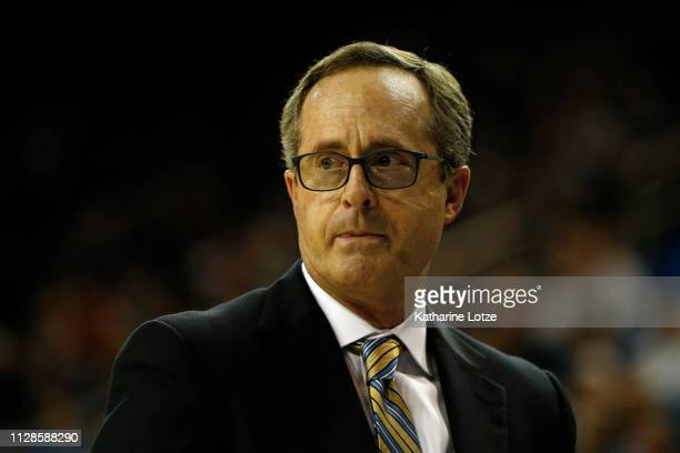 Head coach Murry Bartow of the UCLA Bruins looks on during a game against the Utah Utes at Pauley Pavilion on February 09 2019 in Los Angeles...
