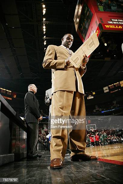 Head coach Nate McMillan of the Portland Trail Blazers diagrams a play during the game against the Milwaukee Bucks at Rose Garden on January 21 2007...