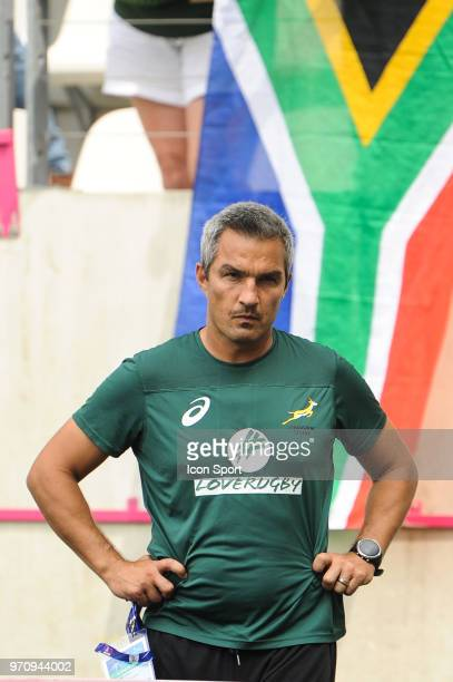 Head coach Neil Powell of South Africa during the match between South Africa and Spain at the HSBC Paris Sevens stage of the Rugby Sevens World...