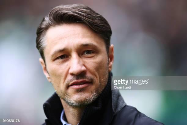 Head coach Niko Kovac of Frankfurt looks on prior to the Bundesliga match between SV Werder Bremen and Eintracht Frankfurt at Weserstadion on April 1...