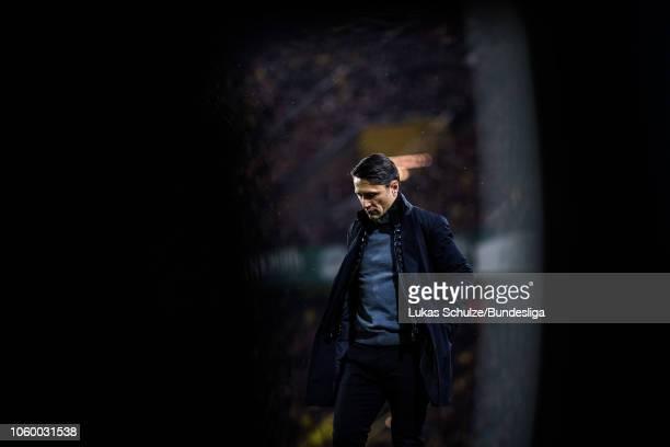Head Coach Niko Kovac of Munich looks dejected during the Bundesliga match between Borussia Dortmund and FC Bayern Muenchen at Signal Iduna Park on...