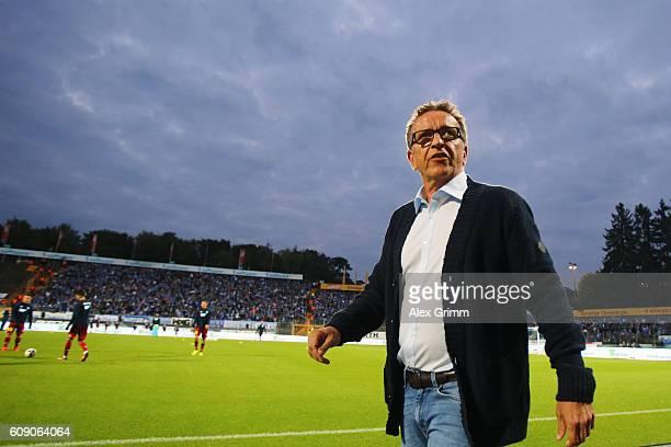 Head coach Norbert Meier of Darmstadt looks on prior to the Bundesliga match between SV Darmstadt 98 and TSG 1899 Hoffenheim at JonathanHeimsStadion...