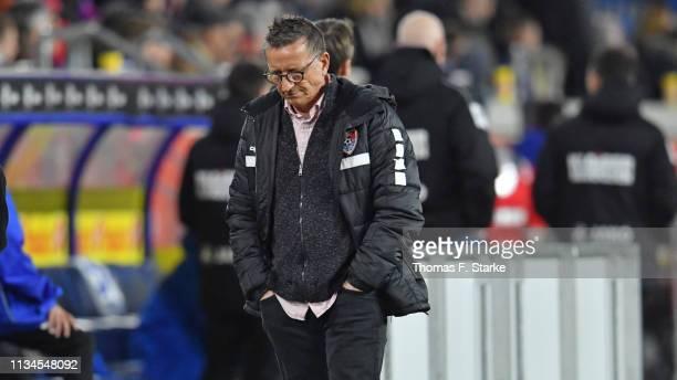 Head coach Norbert Meier of Uerdingen looks dejected during the 3 Liga match between KFC Uerdingen 05 and Karlsruher SC at GrotenburgStadion on March...
