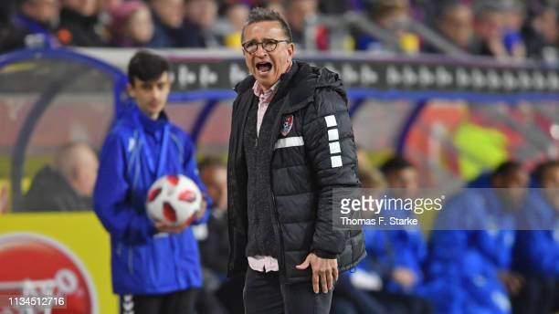 Head coach Norbert Meier of Uerdingen reacts during the 3 Liga match between KFC Uerdingen 05 and Karlsruher SC at GrotenburgStadion on March 08 2019...