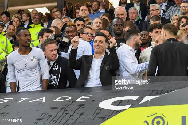 Head coach of Amiens Christophe Pelissier celebrates victory during the Ligue 1 match between Amiens Sporting Club and EA Guingamp on May 24 2019 in...