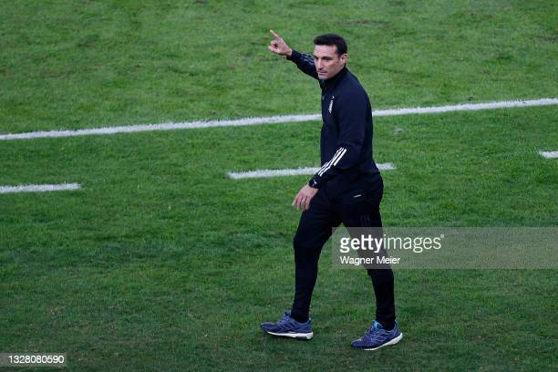 Head coach of Argentina Lionel Scaloni reacts during the final of Copa America Brazil 2021 between Brazil and Argentina at Maracana Stadium on July...