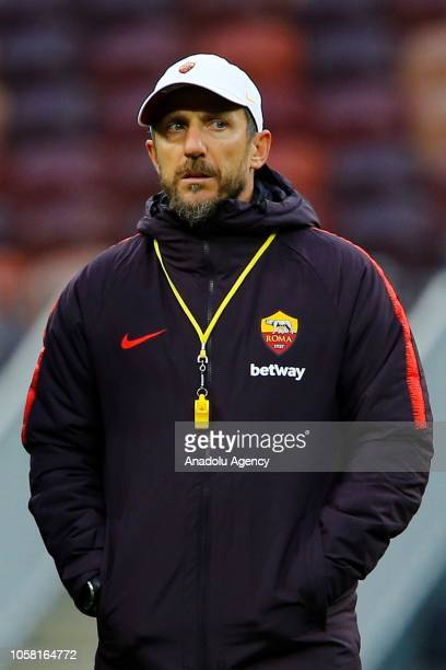 Head coach of AS Roma Eusebio Di Francesco leads a training session ahead of the UEFA Champions League Group G match against CSKA Moscow at the...