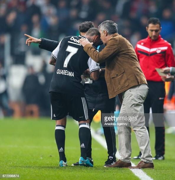 Head Coach of Besiktas Senol Gunes gives tactic to Ricardo Quaresma during the Turkish Spor Toto Super Lig football match between Besiktas and...