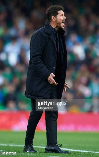 Head coach of Club Atletico de Madrid Diego Pablo Simeone reacts during the La Liga match between Real Betis and Atletico Madrid at Estadio Benito...