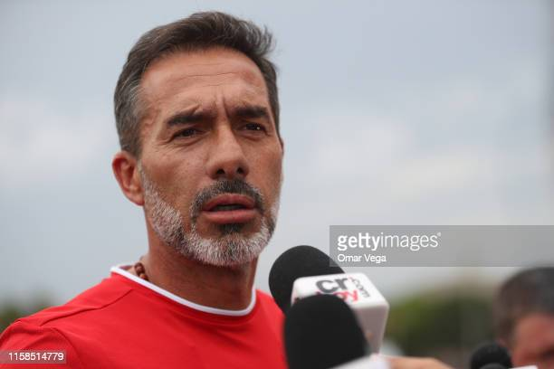 Head Coach of Costa Rica Gustavo Matosas speaks to the press during the Costa Rica's National Team Training Session at University of Houston on June...
