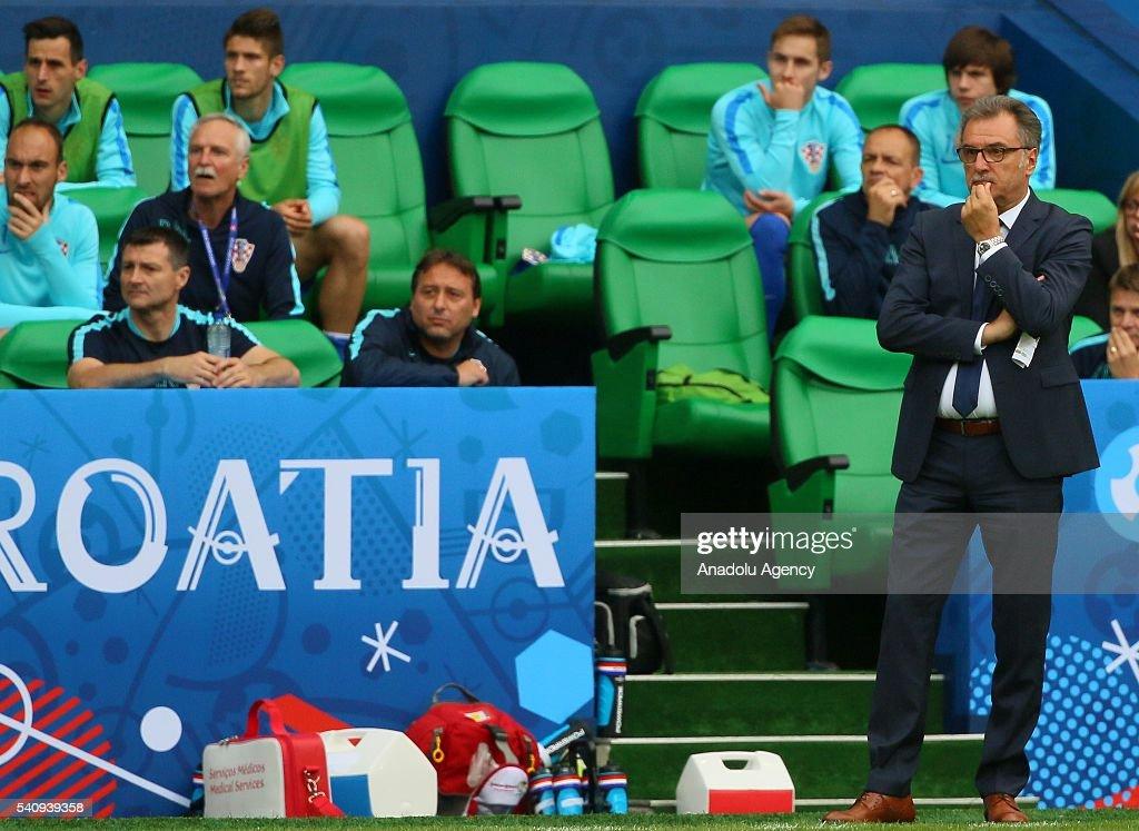 Czech Republic v Croatia - EURO 2016 : ニュース写真